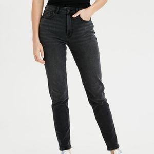 American Eagle Stretch Mom Jeans